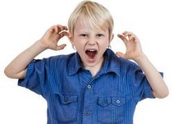 Des vestes remplies de sableutiliséespour calmer les enfants hyperactifs: une absurdité pour des enfants qui ont besoin de bien autre chose