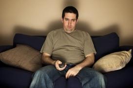 Télé : le binge-watching augmente le risque de maladies inflammatoires