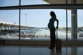 Cinq questions après un accouchement dans un avion entre Paris et New-York