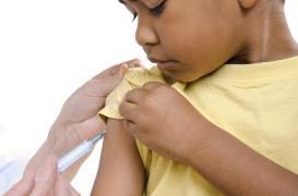 Vaccin contre la dengue : Sanofi Pasteur va rembourser les doses inutilisées et modifier la notice
