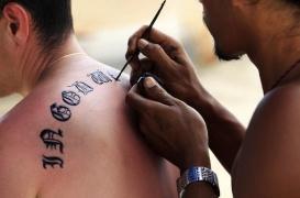 Henné : les tatouages peuvent provoquer des allergies sévères