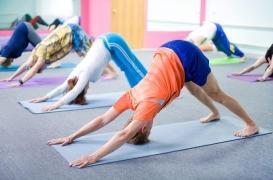 Lombalgie : le yoga aussi efficace que la kiné contre la douleur