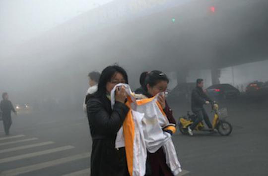 Pollution : à 8 ans, une Chinoise souffre d'un cancer du poumon