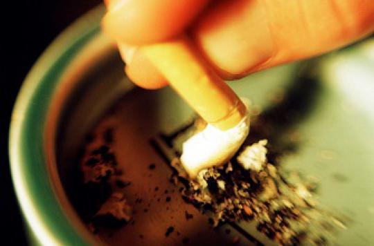 Arrêter de fumer après un cancer améliore le taux de survie