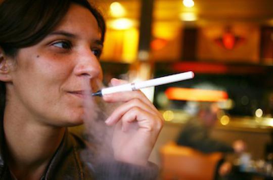 La cigarette électronique est un médicament pour les Anglais