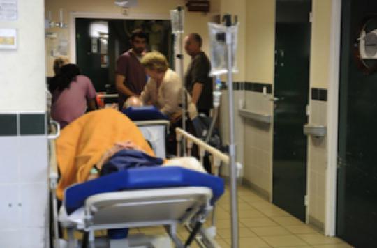 Urgences : la moitié des patients y passent moins de 2 h