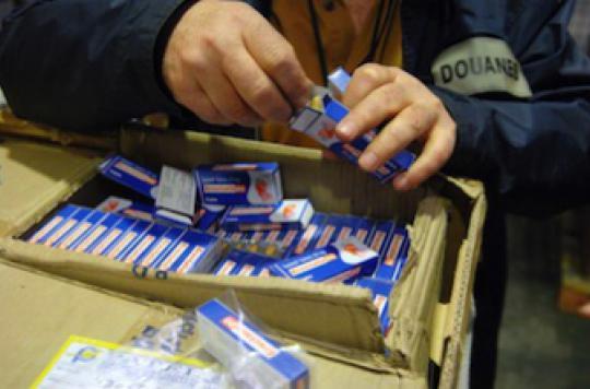Médicaments contrefaits : industriels et police unissent leurs forces