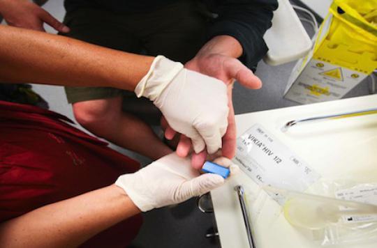 Les  tests rapides du sida touchent des populations vulnérables