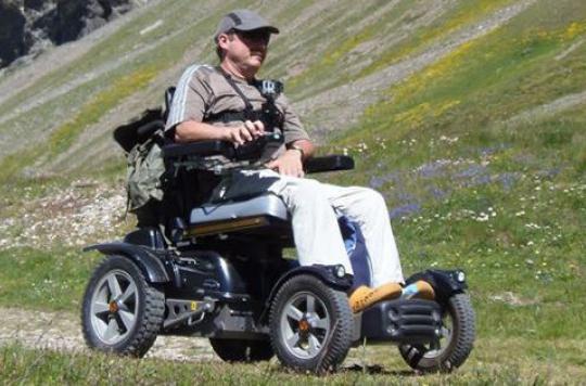 Maladie de Charcot : 800 kilomètres en fauteuil pour sensibiliser