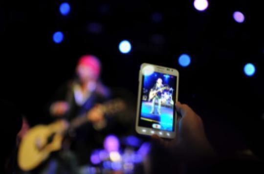 Smartphones : leurs appareils photo nuisent à notre mémoire