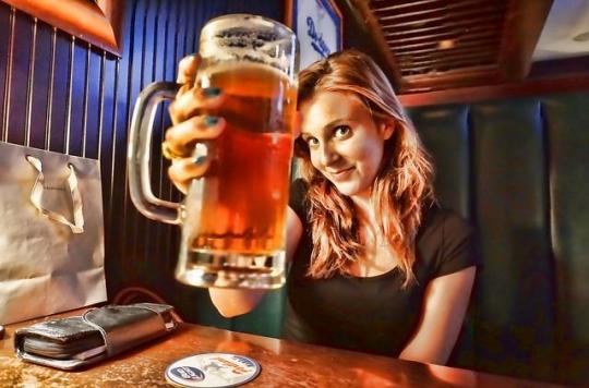 Alcool: les Français boivent moins et mieux