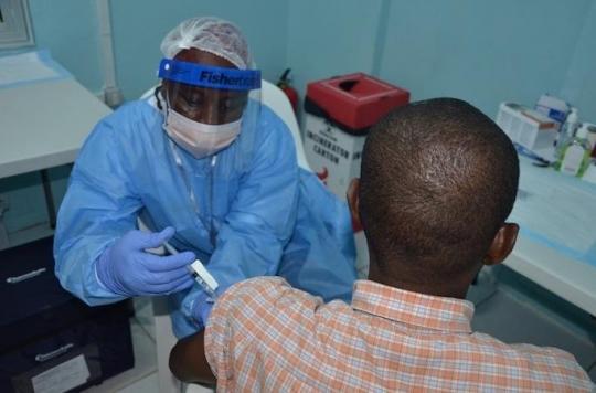 Ebola: deux vaccins efficaces pendant au moins un an