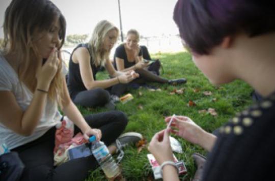 Tabac : un enfant de gros fumeur risque de le devenir lui-même