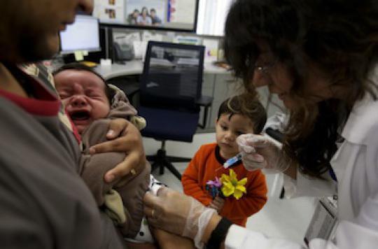 Vaccins  : la pénurie pourrait durer toute l'année