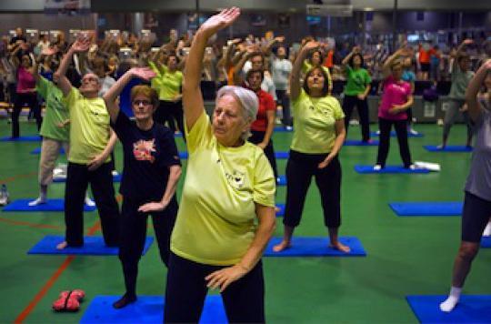 Parkinson : initier tôt des exercices physiques réduit les chutes
