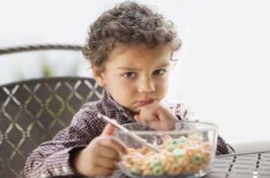 Les céréales pour enfants contiennent deux fois trop de sucres