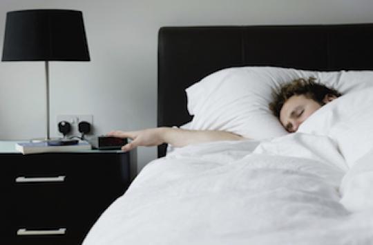 Etude internationale : plus d'1 adulte sur 2 dort mal