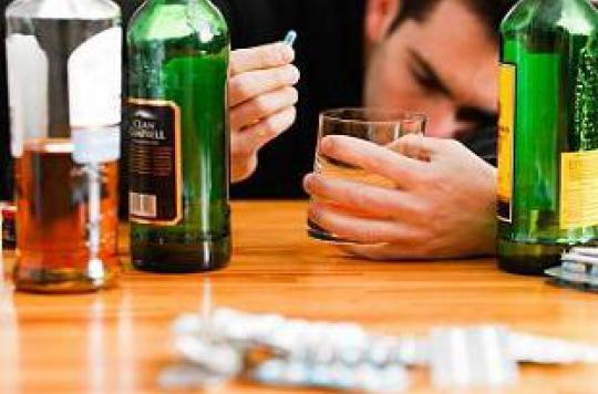 Les jeunes américains font des overdoses d'antidouleurs