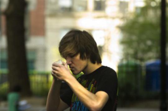 Adolescents : les aider face au cancer