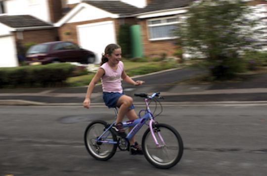 Accident de vélo : seuls 11% des enfants hospitalisés portaient un casque
