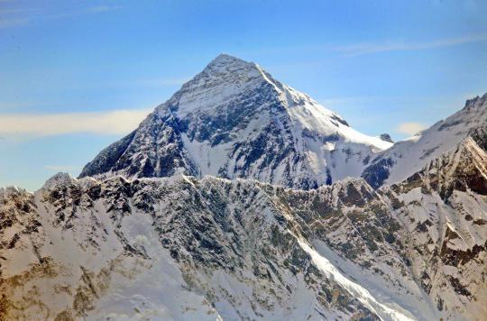 Des tonnes d'excréments humains polluent l'Everest