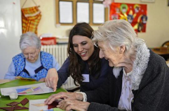 Alzheimer : les femmes deux fois plus touchées que les hommes