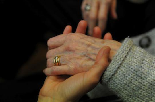 Rajeunissement des mains : les Françaises en raffolent