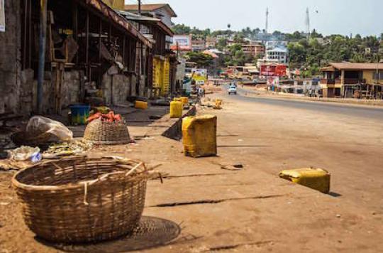 Ebola : urgence sanitaire en Guinée