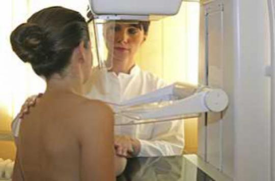 Cancer du sein : l'effet Angelina Jolie incite au  dépistage