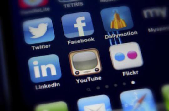 Les réseaux sociaux plombent la confiance envers le médecin