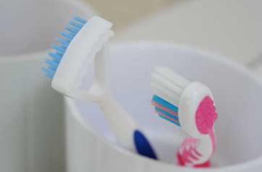 Une brosse à dents 3D nettoie en 6 secondes