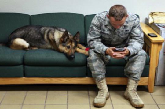 Les enfants de militaires au combat subissent les effets collatéraux