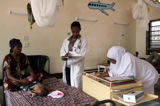 Sida : traiter l'enfant pendant l'allaitement évite l'infection