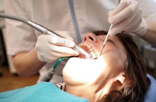 Dépassements d'honoraires illégaux : les dentistes épinglés