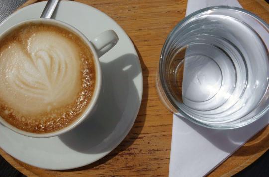 Sclérose en plaques : 4 tasses de café pour réduire le risque