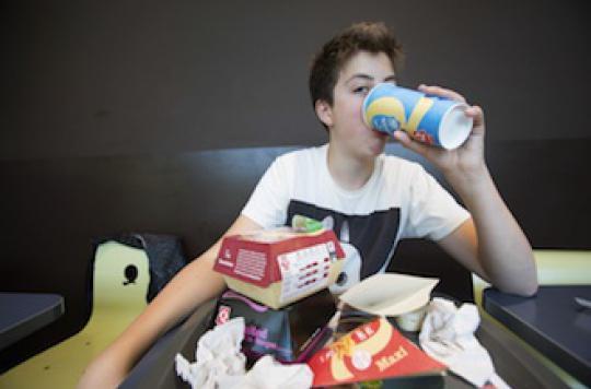 Pourquoi les sodas à volonté favorisent l'obésité