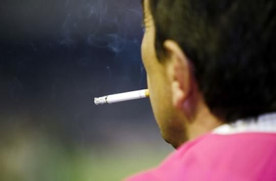 Tabac : l'écart entre hommes et femmes se resserre