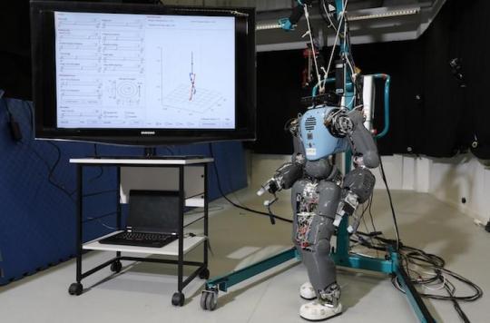 Un robot mesure votre allure de marche pour estimer le nombre de calories brûlées