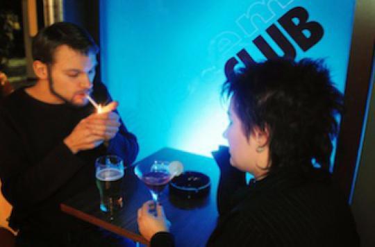 Tabac : arrêter de fumer en couple triple les chances de succès
