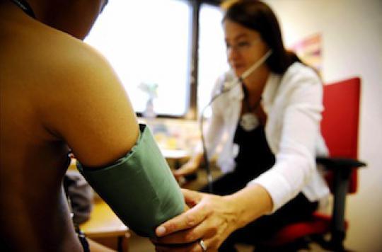 Hypertension : les médecins allègent la pression
