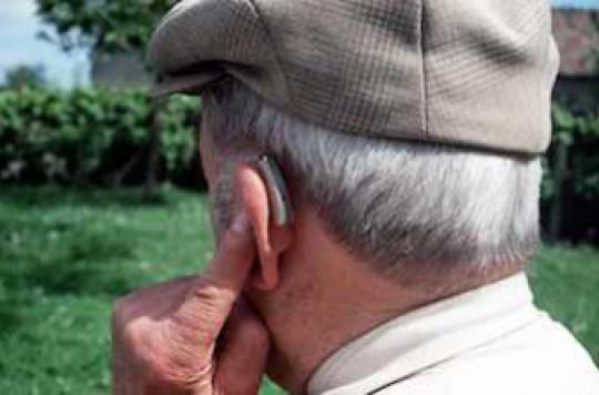 Perte d'audition : des assistants d'écoute autorisés en pharmacie