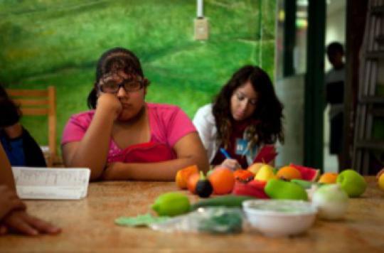 Près d'un enfant sur deux mange moins d'un fruit et légume par jour