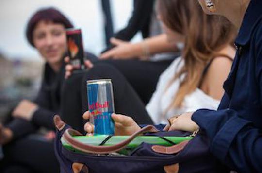 Boissons énergisantes : une association prône l'interdiction pour les moins de 16 ans