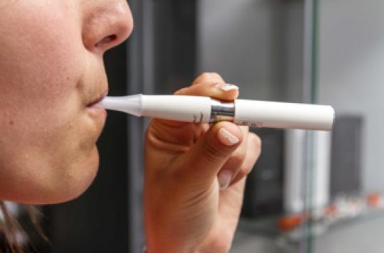 Cigarette électronique : les mineurs en achètent sur internet