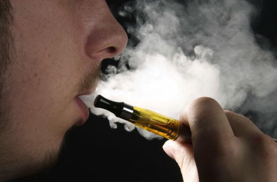 La e-cigarette ne permet pas aux malades cancéreux d'arrêter de fumer