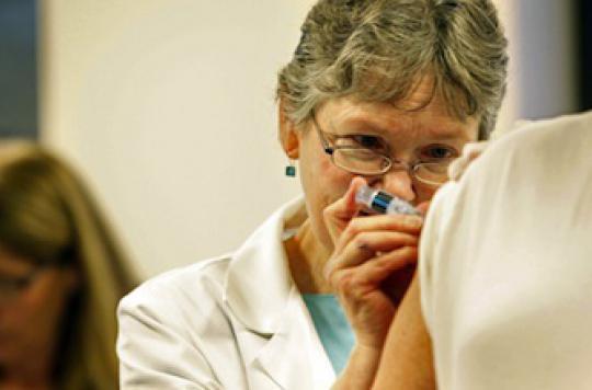 Vaccination hépatite B: l\'intérêt d\'un rattrapage tardif