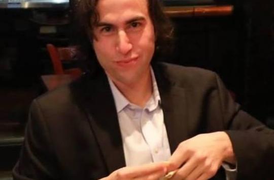 Aaron Traywick: le biohacker qui s'était injecté un vaccin contre l'herpès retrouvé mort