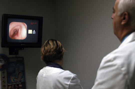 Cancer colorectal : un dépistage par an réduit la mortalité de 32%