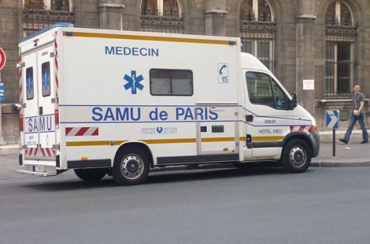 Valognes : 2000 manifestants dans la rue contre la fermeture des urgences
