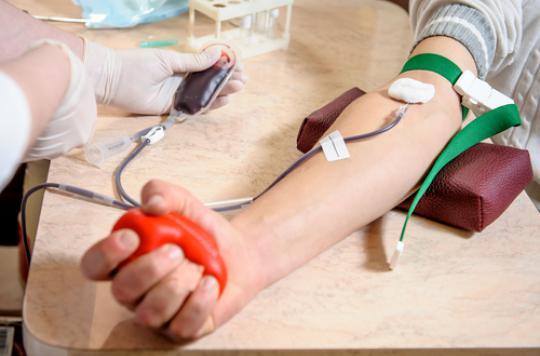 Don du sang: le sexe du donneur influence les chances de survie